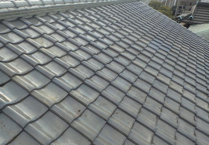葺き直し後の瓦屋根