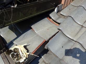 屋根の瓦がズレてしまっている部分がありました