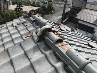台風15号によって崩れてしまった棟瓦