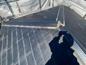棟板金交換工事で新規貫板のタフモックを設置