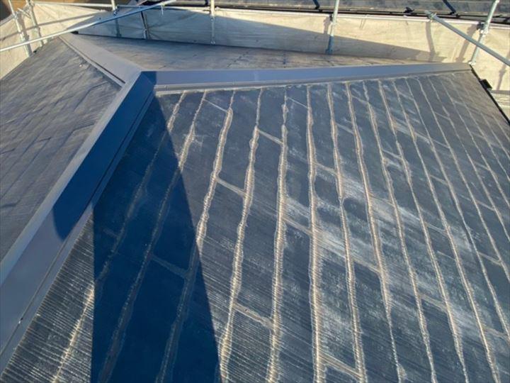 令和元年房総半島台風の被害に遭ったスレート屋根の棟板金交換工事が完了