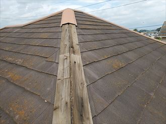 令和元年房総半島台風の影響により棟板金が飛散、落下