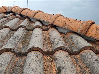 F形Mタイプの瓦屋根の調査