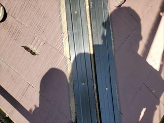 棟板金交換工事にて樹脂製貫板のタフモックを使用