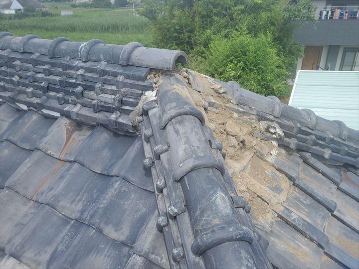 船橋市坪井町にて令和元年房総半島台風の影響で崩れた棟の調査