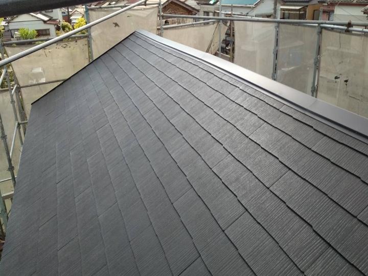 瓦屋根からコロニアルグラッサ葺き完了