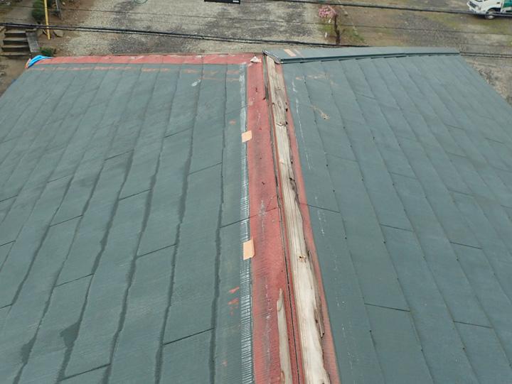屋根の被害状況
