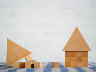 土葺き屋根は耐震性が劣ってしまうので、屋根葺き替え工事を推奨します