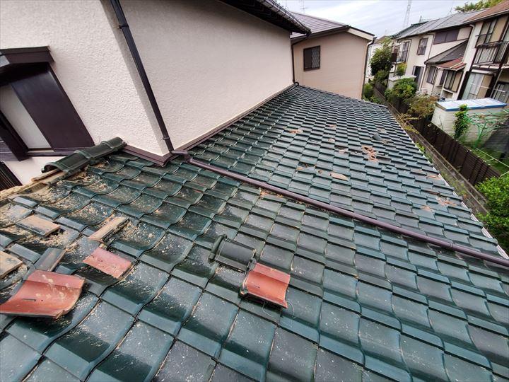 令和元年房総半島台風の影響で棟の崩壊や瓦の割れの被害