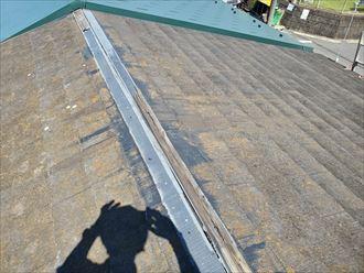 貫板の劣化により台風で棟板金が飛散