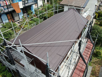 屋根葺き替え後