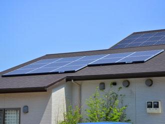 片流れ屋根 太陽光設置