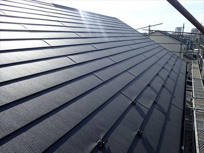 ガルテクトでの屋根カバー工法