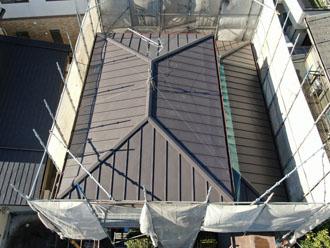 スタンビーで屋根カバー工法を行いました