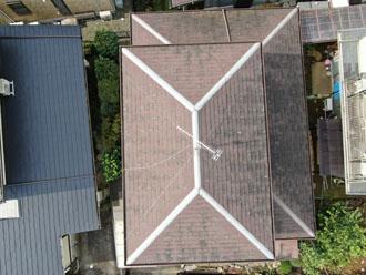 層間剝離の見られるパミール屋根