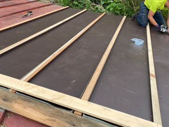 芯木・貫板を設置
