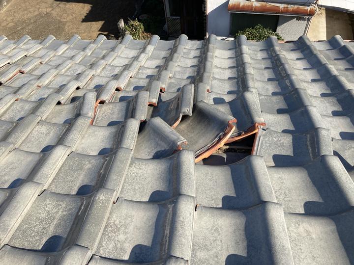 台風による瓦の被害