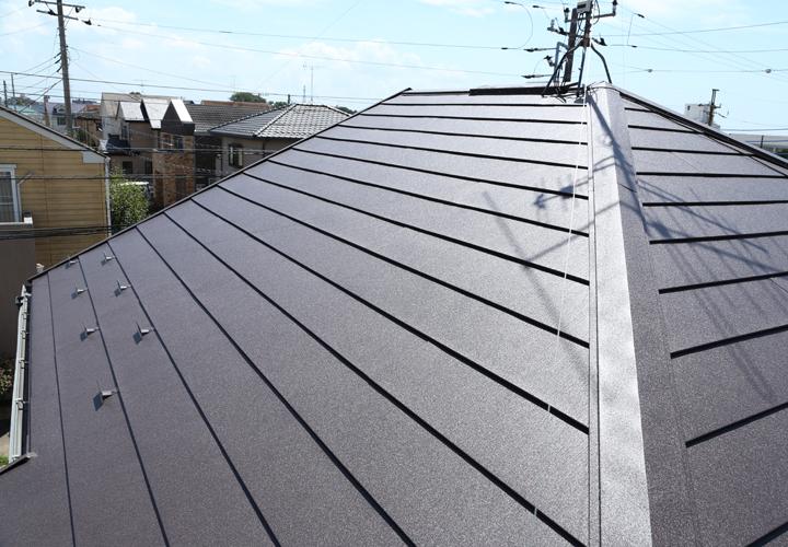 屋根カバー工事が完了