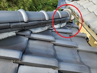 令和元年房総半島台風の影響で棟の銅線が切れていました