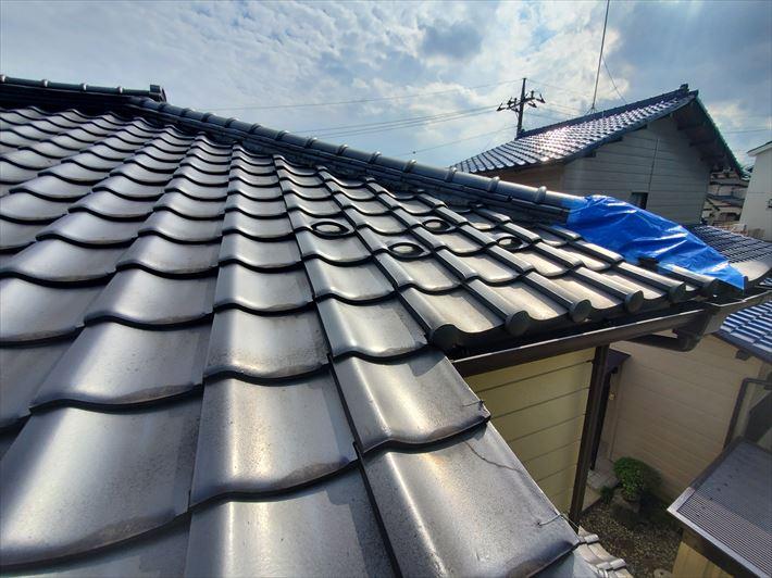 令和元年房総半島台風の影響で棟の瓦が落下、袖瓦の割れ