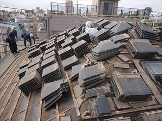 取り外された屋根材