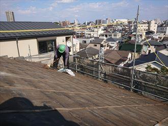 屋根下地清掃