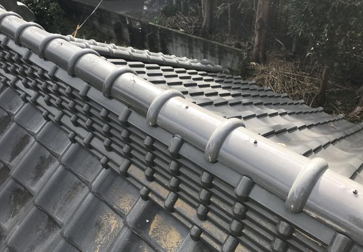 瓦屋根の復旧作業が完了
