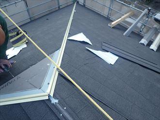 もうすぐ屋根が吹き終わる