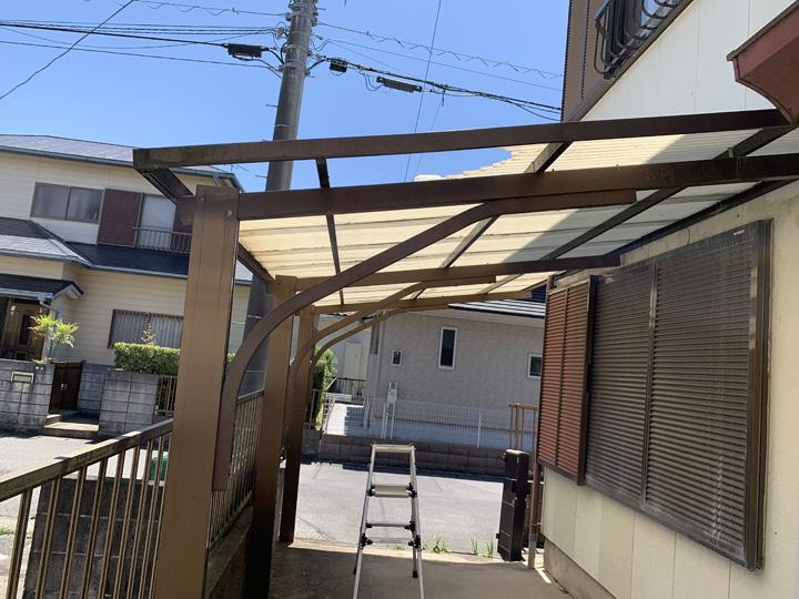 波板屋根の状態