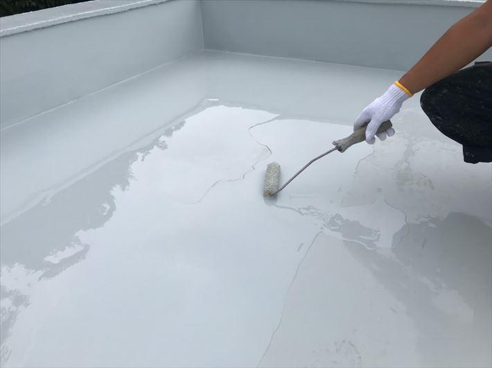 ウレタン塗膜防水2層目