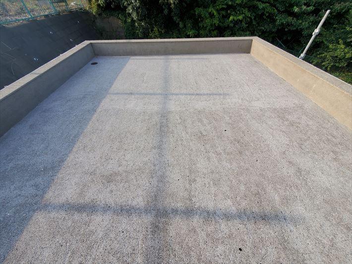 陸屋根防水工事にて高圧洗浄が完了