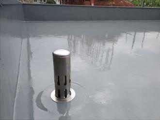 ウレタン塗膜防水通気緩衝工法にて脱気筒設置