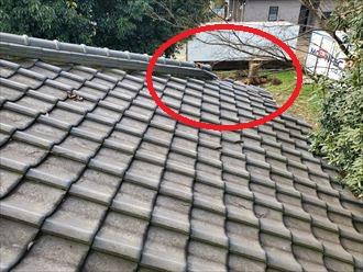 瓦屋根の棟の崩れ