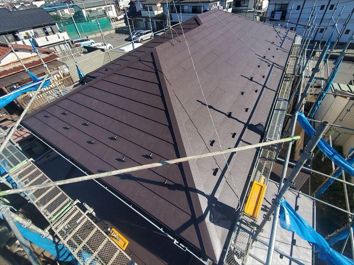 千葉市中央区にて行った屋根カバー工事が完了