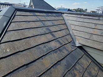 棟板金が浮いているスレート屋根調査