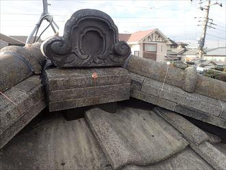 棟取り直し工事にて鬼瓦を固定