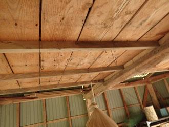 建物内部の天井