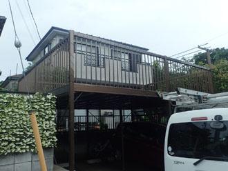 令和元年房総半島台風によって屋根が被害に遭われた邸宅
