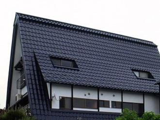 傾斜のある屋根