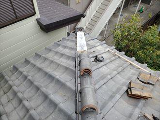 棟取り直し工事にて漆喰で土台を造ります