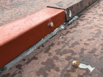松戸市上本郷にて瓦棒屋根から雨漏りが発生!原因は以前補修した箇所だと思われます