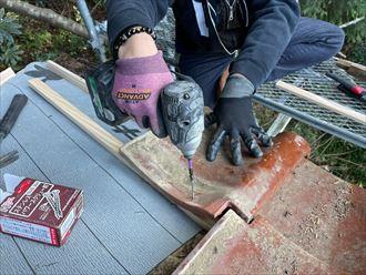 瓦屋根の復旧