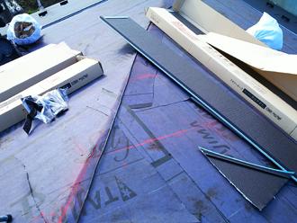 カバー工法屋根材設置