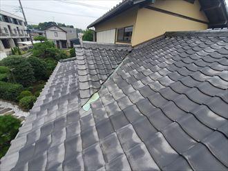 雨漏りが発生しているお客様邸の瓦屋根を調査