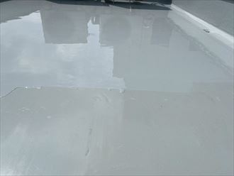 ウレタン塗膜防水通気緩衝工法にて陸屋根防水工事