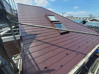ファインパーフェクトベストを使用した屋根塗装工事が完了