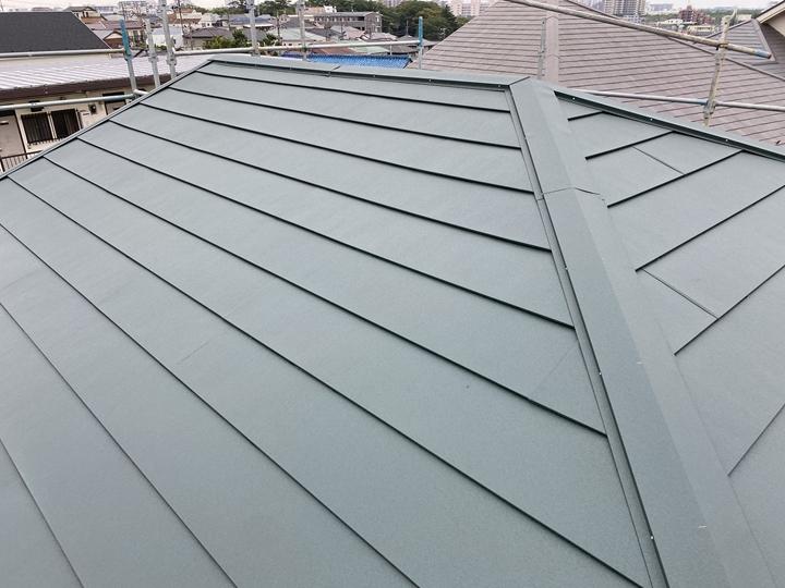 屋根カバー工事完了