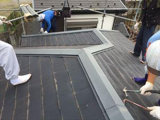 千葉市中央区でコロニアル屋根のカバーリング工事