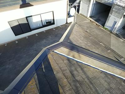 市川市にて漆喰の詰め直しと土居熨斗(どいのし)取り直し工事で瓦のズレを改善