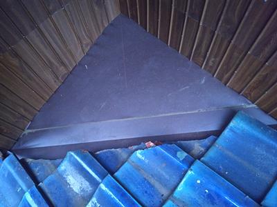 富津市富津にて外壁と瓦屋根の取り合いにある板金の交換工事で雨漏りを改善アフター